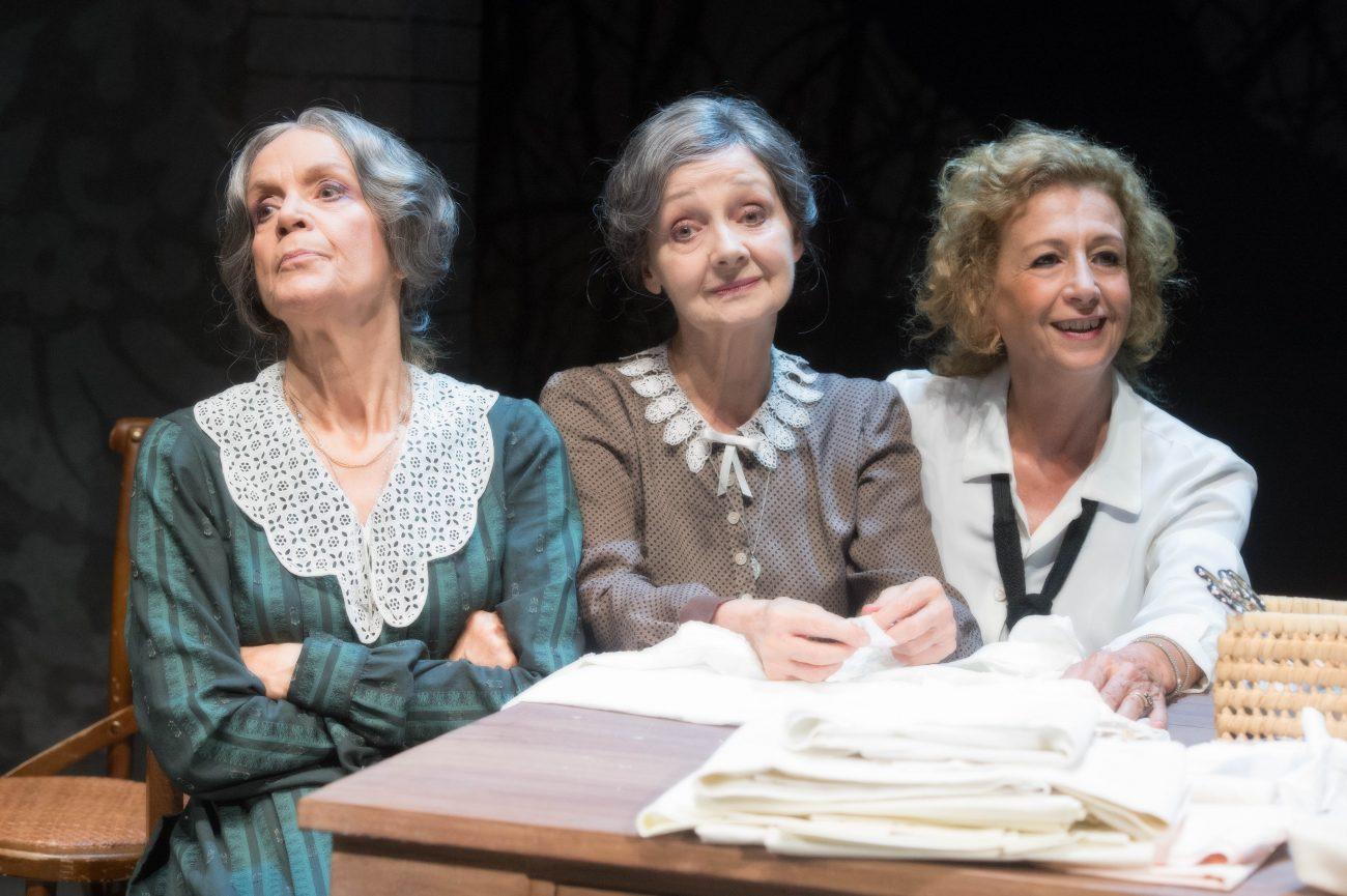 Sorelle materassi - Geppy Gelijeses - Teatro Duse