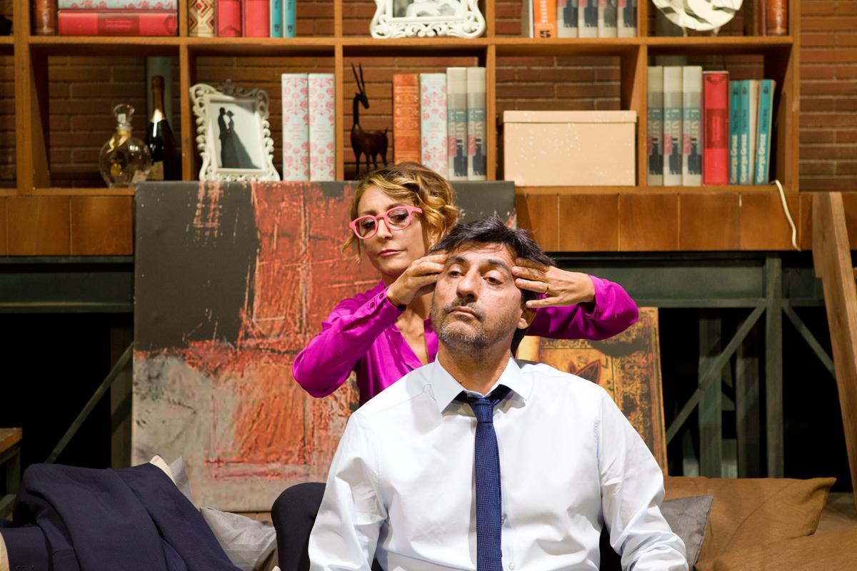 emilio solfrizzi - a testa in giù - teatro duse di bologna