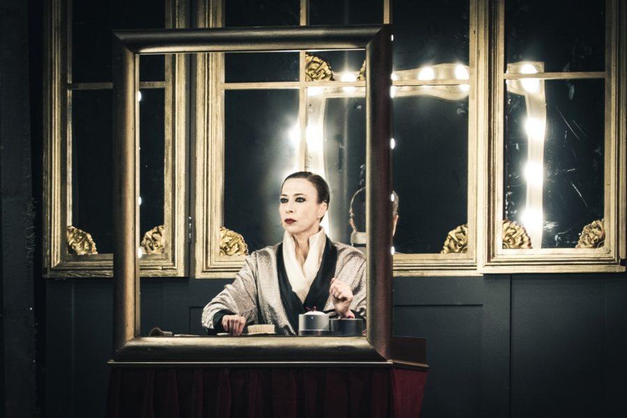 Viktor und Viktoria | Veronica Pivetti - Teatro Duse Bologna
