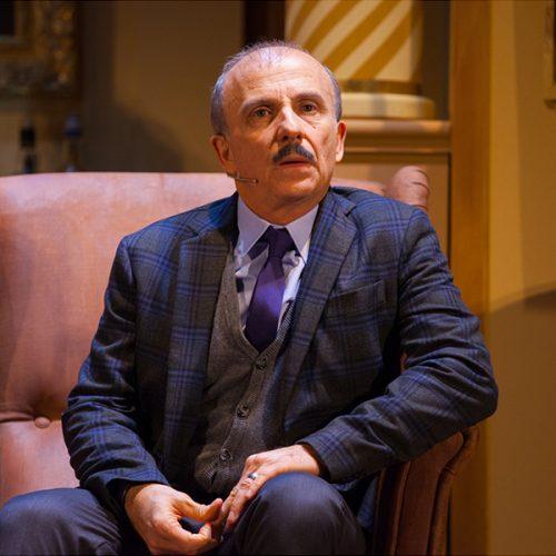 Il pomo della discordia | Carlo Buccirosso - Teatro Duse Bologna