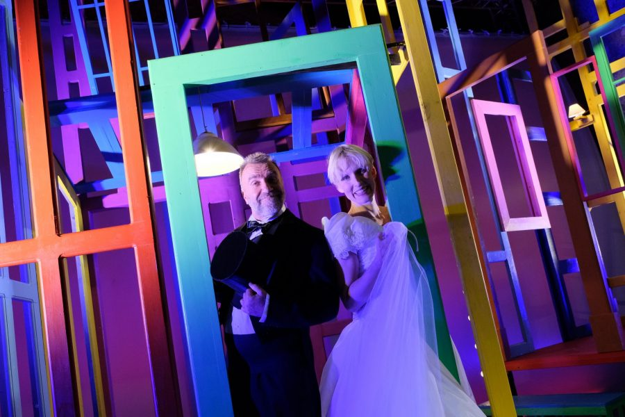 Alle 5 da me | Gaia De Laurentiis e Ugo Dighiero - Teatro Duse Bologna