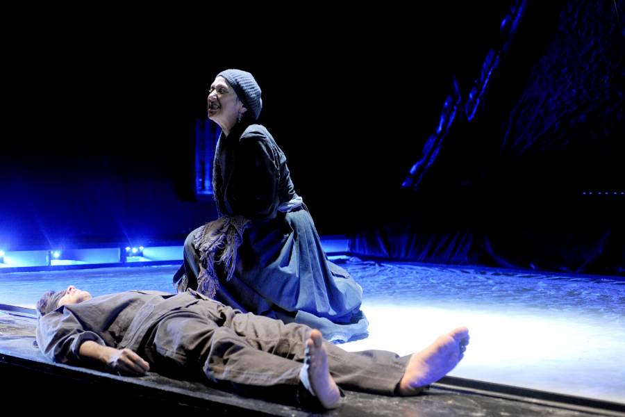 Madre courage e i suoi figli | Maria Paiato - Teatro Duse Bologna