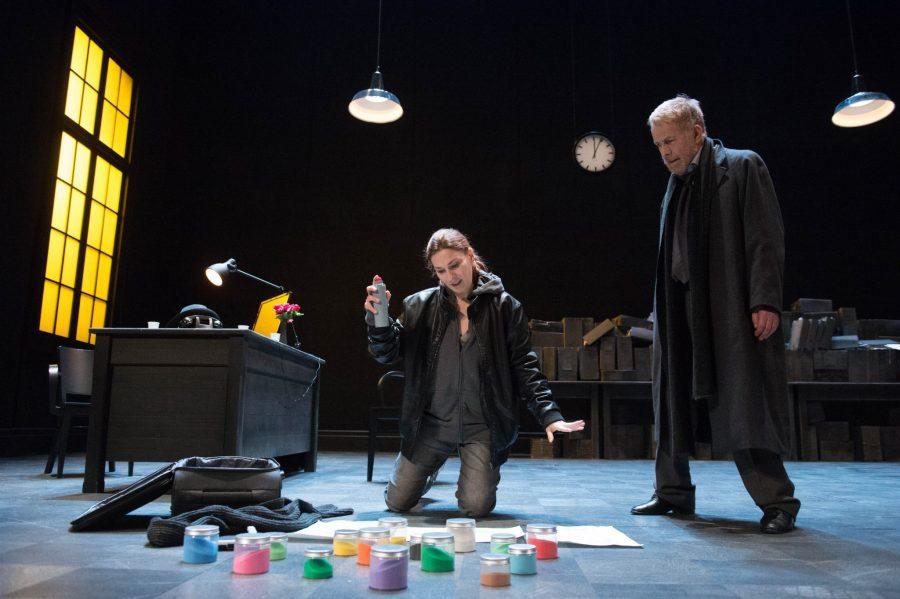 Le leggi delle gravità al Teatro Duse